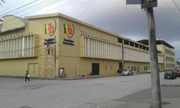 Imagen 6 Centro Deportivo Municipal El Olivillo foto