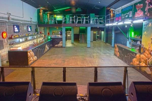 Sala trinchera sala de conciertos en malaga en m laga for Sala hollywood malaga