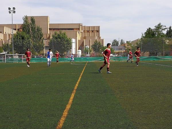 Imagen 62 Polideportivo Giner de los Rios foto