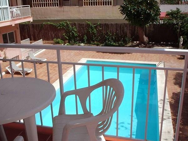 Imagen 1 Apartamentos El Velero foto