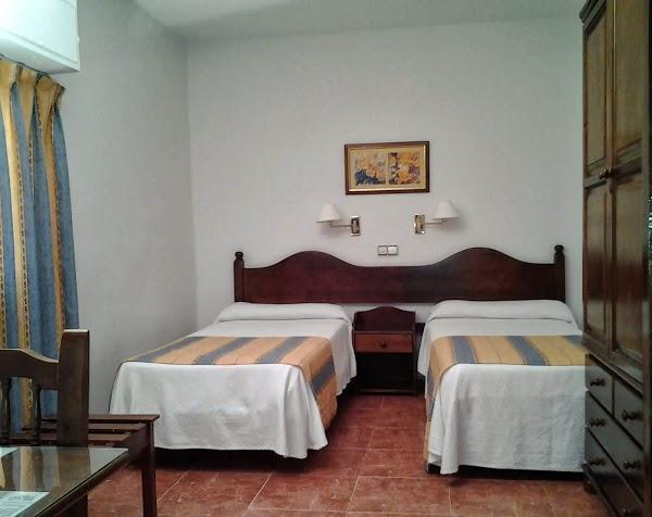 Imagen 112 HOTEL RESTAURANTE ESTELA VALENCIA foto