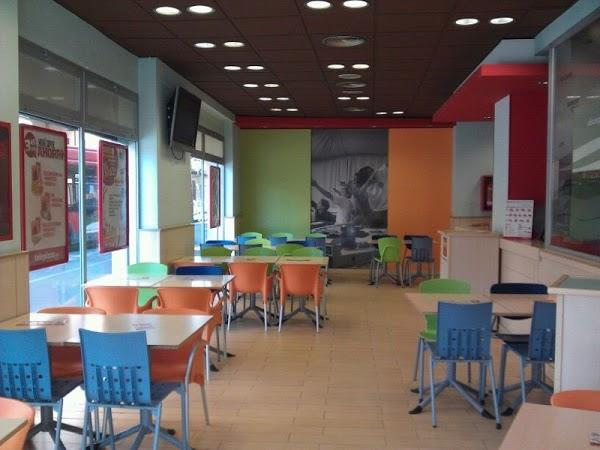 Imagen 8 I.E Pedro Galvez Egusquiza foto