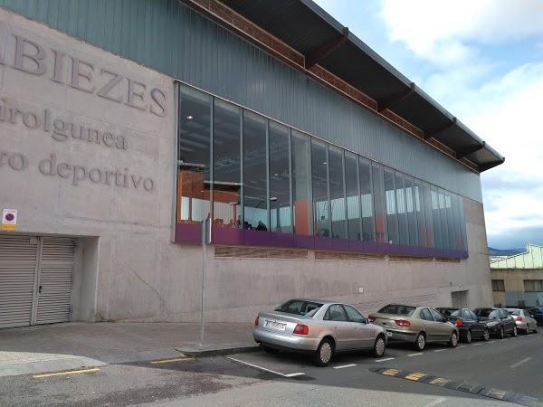 Imagen 57 Polideportivo de Kabiezes foto
