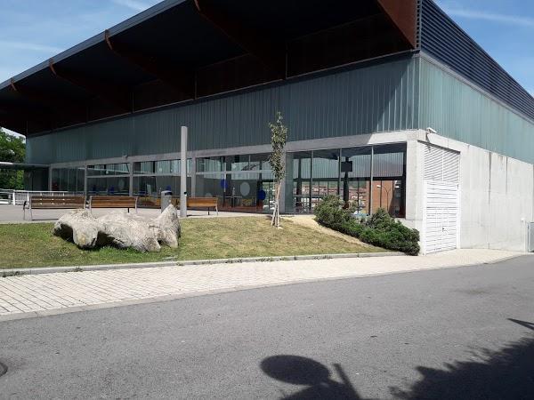 Imagen 63 Polideportivo de Kabiezes foto