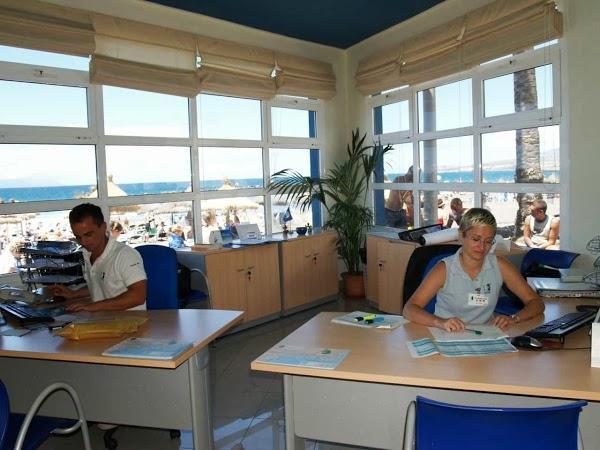 Oficina de turismo de troya en arona for Oficina de turismo sevilla