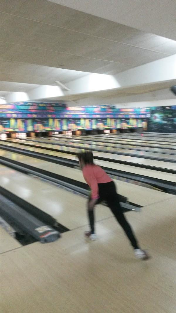 Imagen 73 Bolera Cosmic Bowling foto