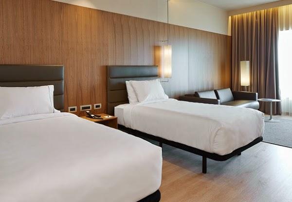 Imagen 6 Hotel Husa Illa foto