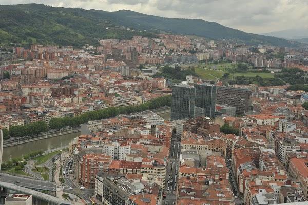 Imagen 1007 Gimnasio Metropolitan Bilbao Isozaki foto