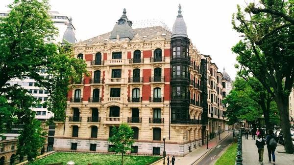 Imagen 1014 Gimnasio Metropolitan Bilbao Isozaki foto