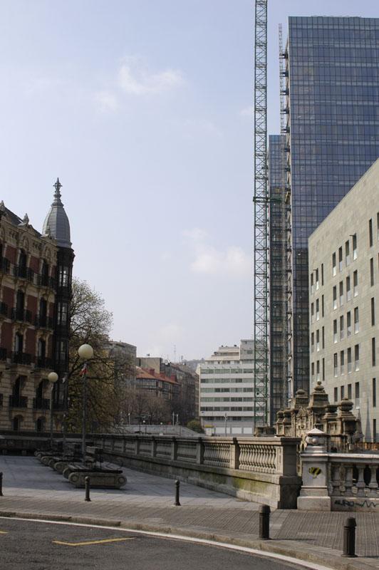 Imagen 507 Gimnasio Metropolitan Bilbao Isozaki foto