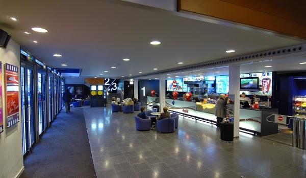 Imagen 354 Bosque Multicines 9 sales 3D foto