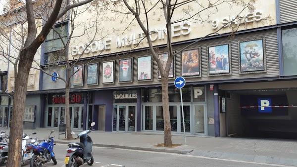 Imagen 446 Bosque Multicines 9 sales 3D foto