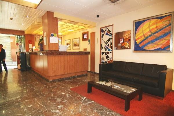 Imagen 9 Farmacias Revilla San Mateo foto
