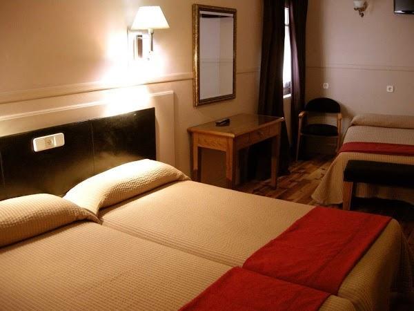 Imagen 4 Aparthotel AHM Marcenado foto