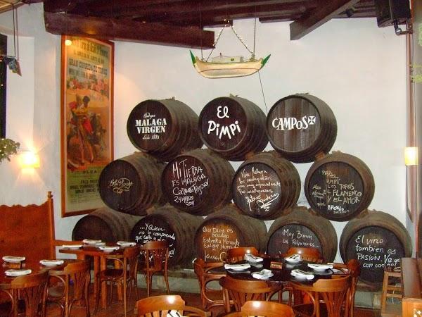 Bodega Bar El Pimpi En Malaga