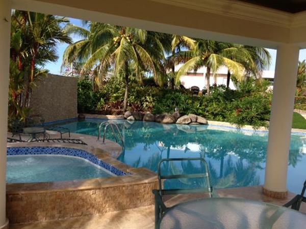 Professional Pool Designers pool spa design by 360 exteriors pool spa builders of las vegas Imagen 13 Construccion De Piscinas Professional Pool Designers Foto